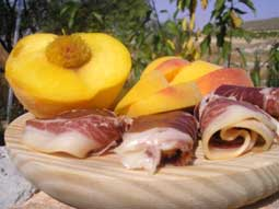 Iberian Ham with Peaches and Olive oil