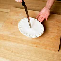 Puff pastry pie lids and decoration