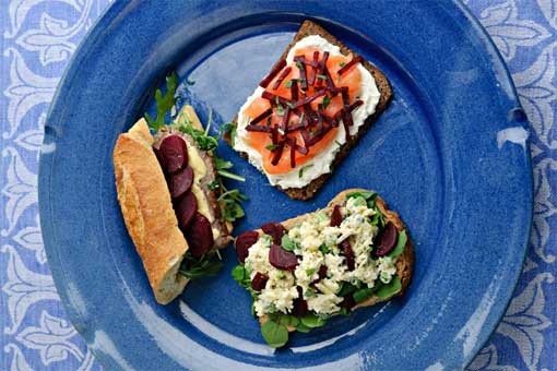 Open Beetroot Sandwiches