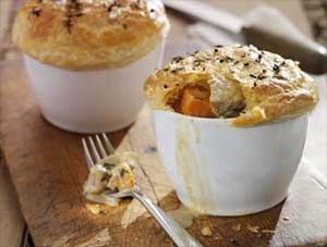 INDIVIDUAL TURKEY AND STILTON PIES
