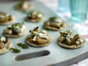 Roasted Shallot & Goats Cheese Canapés